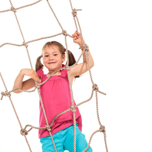 plezalna mreža s punčko